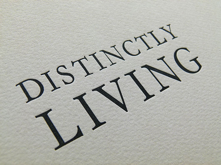 distinctly_living_poster_detail-1_750