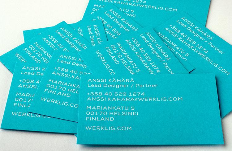werklig_2014_business_cards_white_foil_colorplan_fan_750