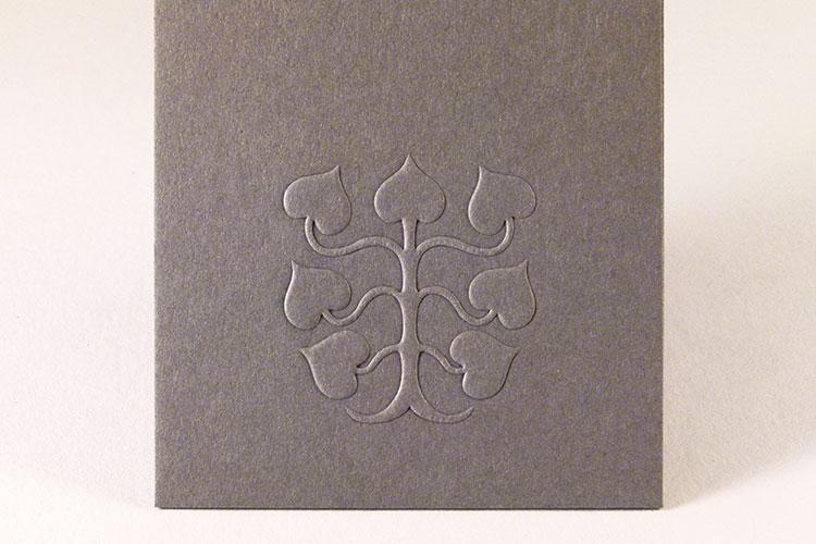 embossed_letterpress_business_cards_detail_750
