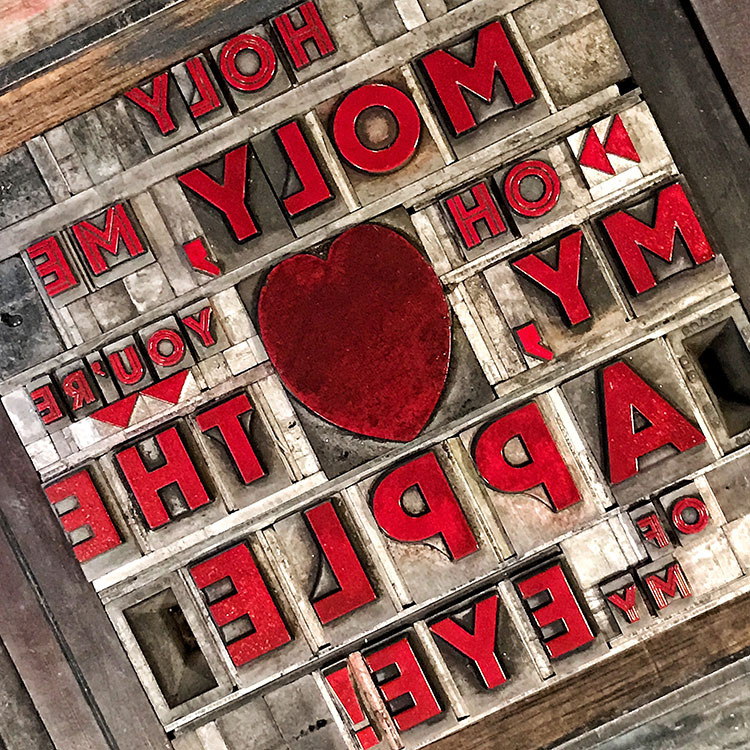 t069_holy_moly_heart_valentine_letterpress_card_red_ink_750